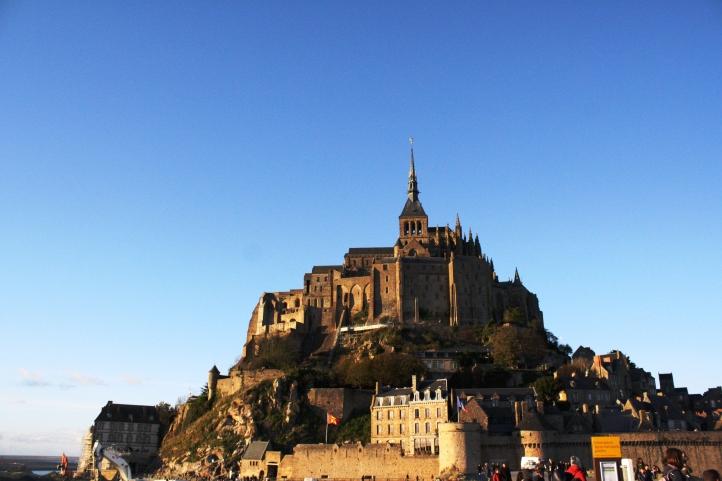 À la croix blanche, Le Mont Saint Michel