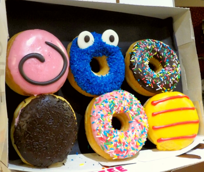 Dunkin donuts universitat barcelone parce que j 39 adore for Mosquito donuts