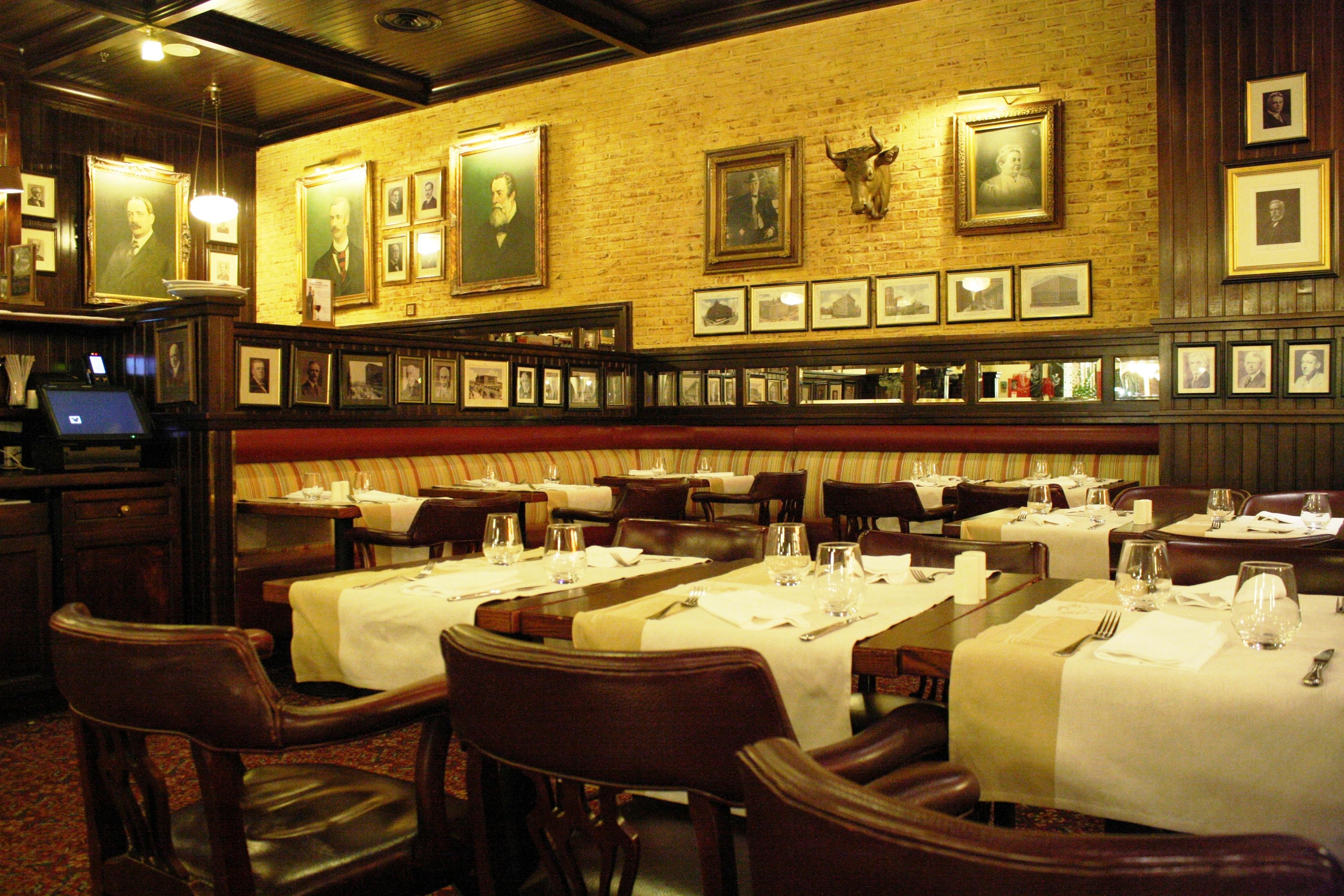 the steakhouse disney village disneyland paris parce que j 39 adore critiquer. Black Bedroom Furniture Sets. Home Design Ideas